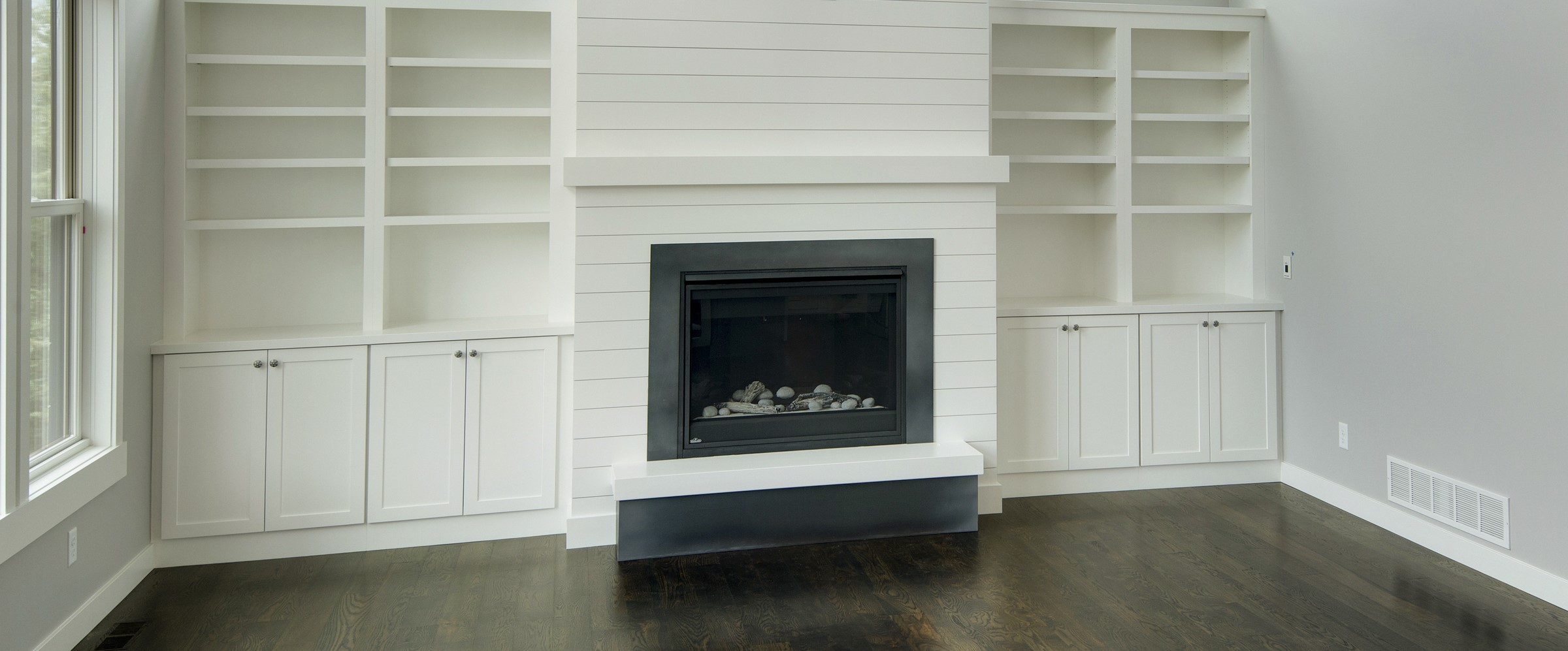 fireplace-surround-w-return-44.jpg